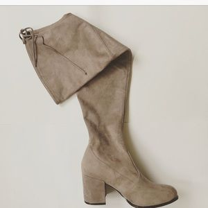 3435b29bf50 Steve Madden Shoes - Steve Madden Slayer Boots in Taupe